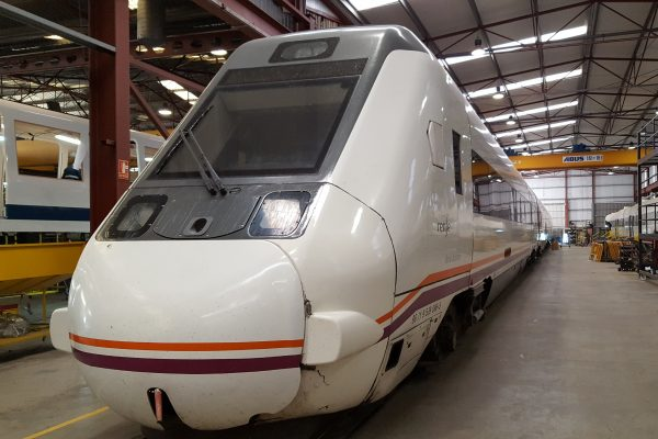 OVERHAUL TYPE R1 ON TRAINS S599